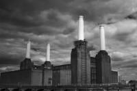 Battersea Power Station b:w